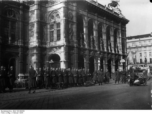 at-bundesheer-wien-opera-house-1934-2
