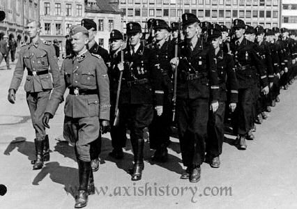 gssn-marching-1943