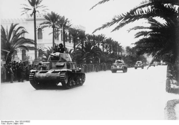 it-div-arm-132-tripoli-parade-1