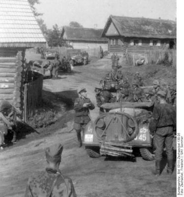 wss-2-cars-east-1941